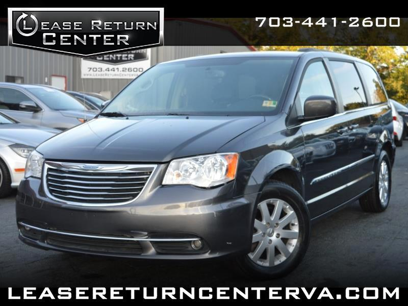 2015 Chrysler Town & Country Touring With DVD Entertainment