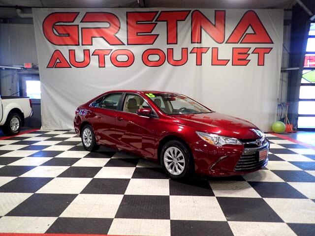 2015 Toyota Camry 1 OWNER LE 22K MILES! BLUETOOTH! BACK UP CAM!