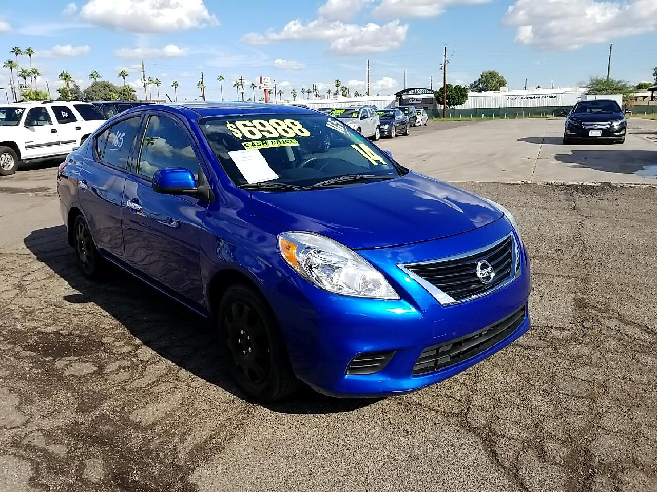 Nissan Versa 1.6 S Plus 2014