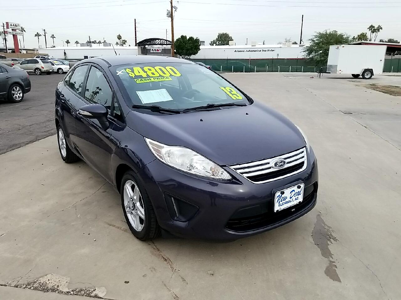 Ford Fiesta 4dr Sdn SEL 2013