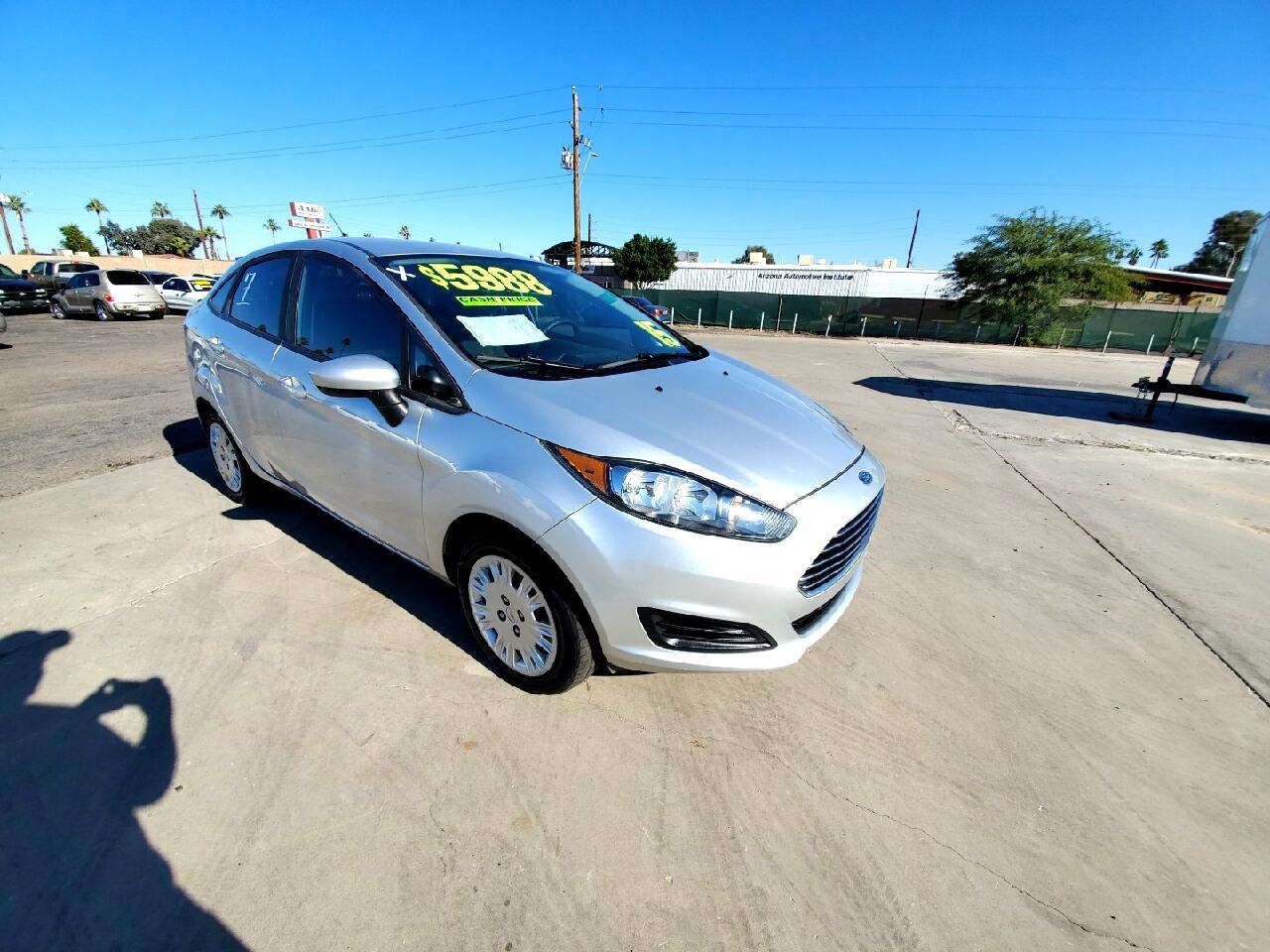 Ford Fiesta Base 2015
