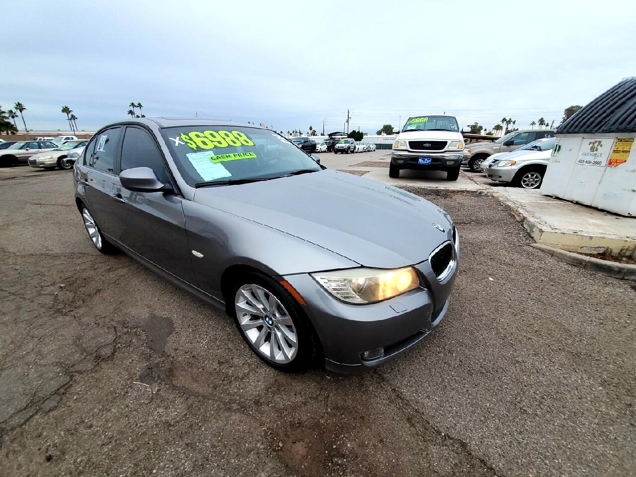 BMW 3-Series Base 2011