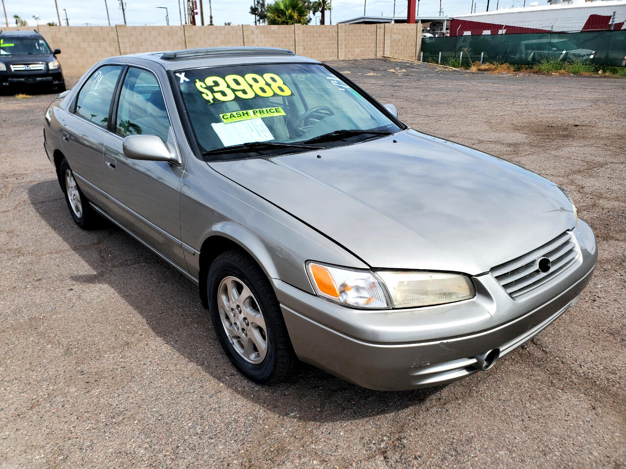 Toyota Camry 4dr Sdn XLE V6 Auto 1999
