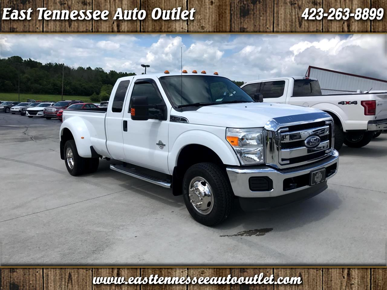 2011 Ford Super Duty F-350 DRW XLT 4WD SuperCab 8' Box