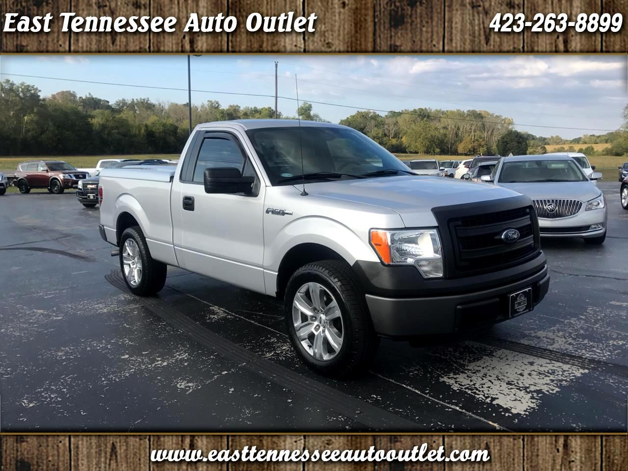 Ford F-150 XL Reg. Cab Short Bed 2WD 2014