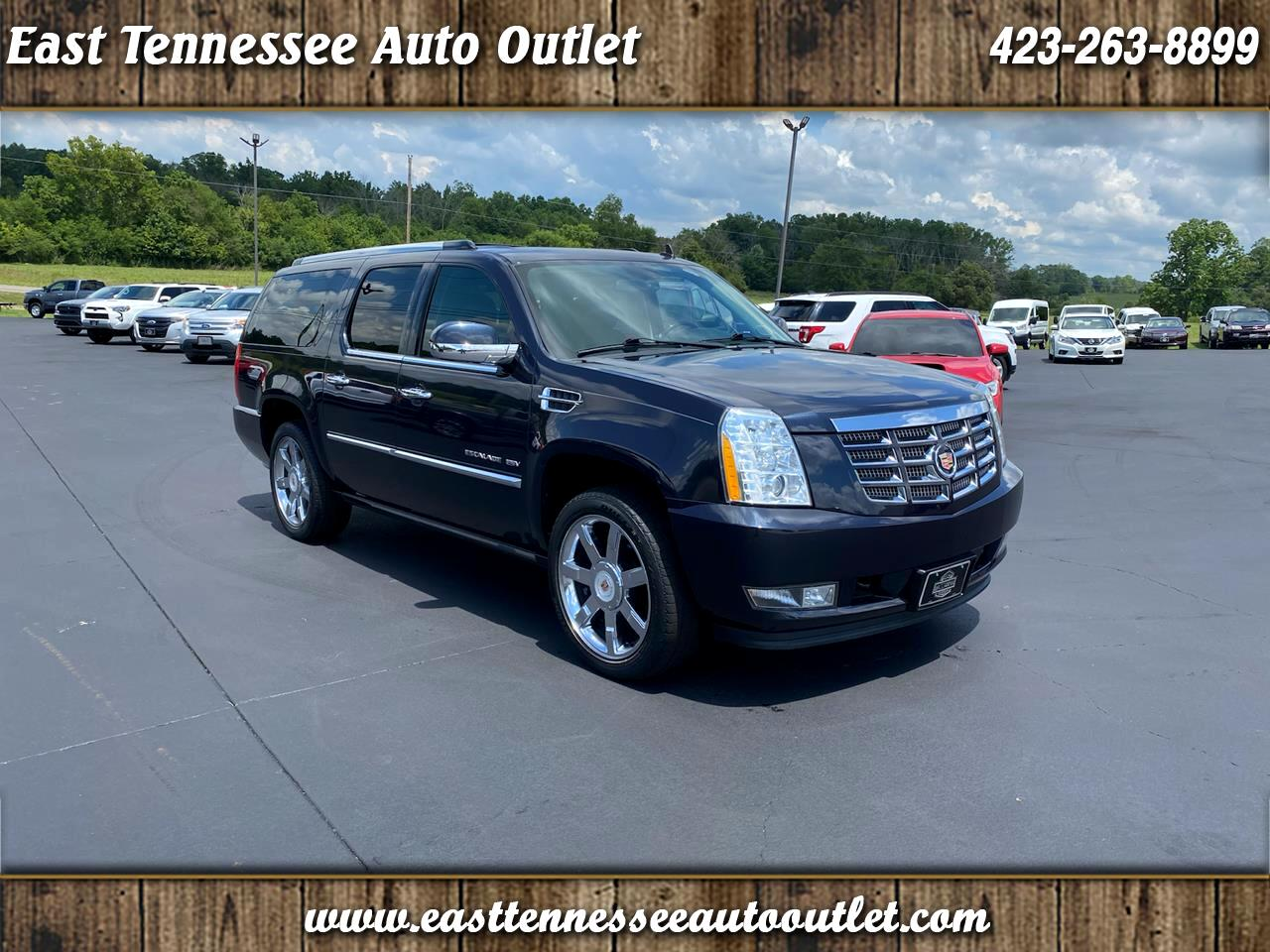 Cadillac Escalade ESV AWD 4dr Luxury 2013