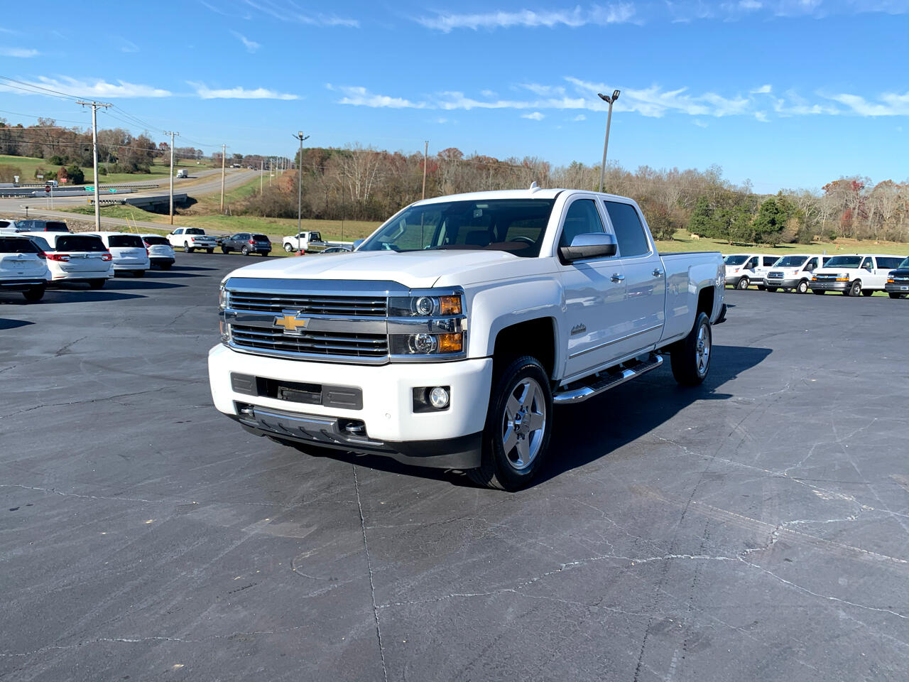 "Chevrolet Silverado 2500HD Built After Aug 14 4WD Crew Cab 167.7"" High Country 2015"