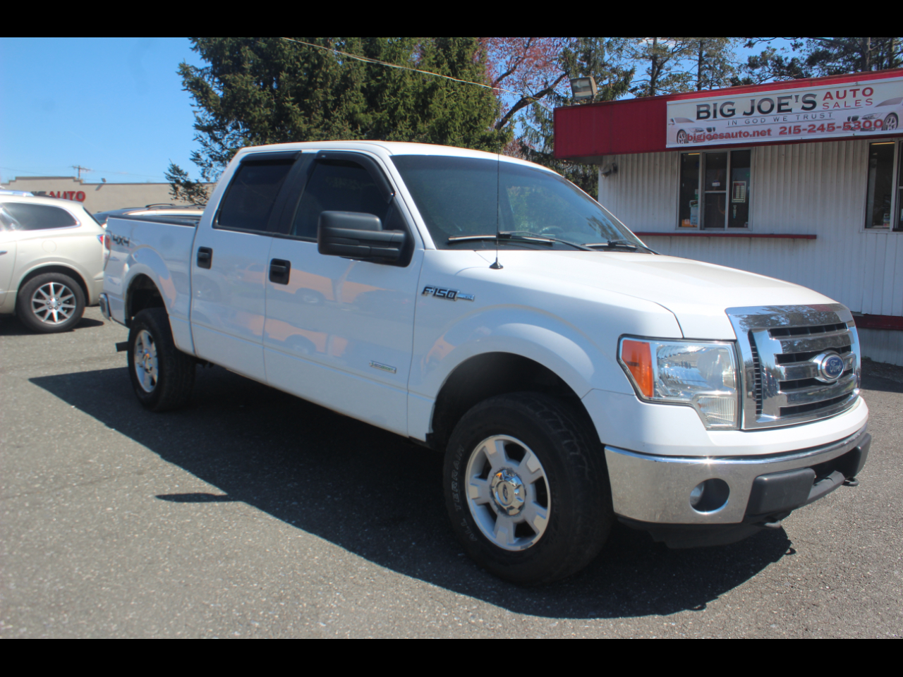 "Ford F-150 4WD SuperCrew 145"" XL 2012"