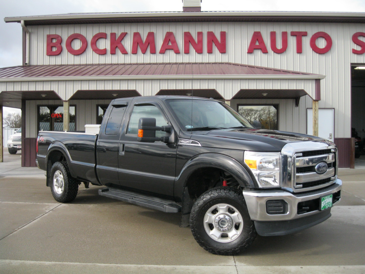 "2012 Ford Super Duty F-250 SRW 4WD SuperCab 142"" XLT"