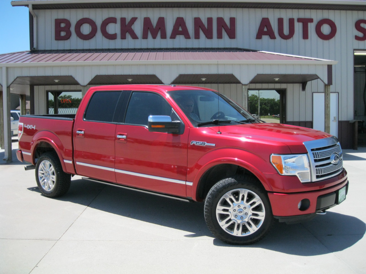 "2012 Ford F-150 4WD SuperCrew 145"" Platinum"