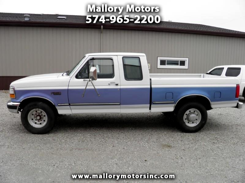 1997 Ford F-250 LD SuperCab 2WD