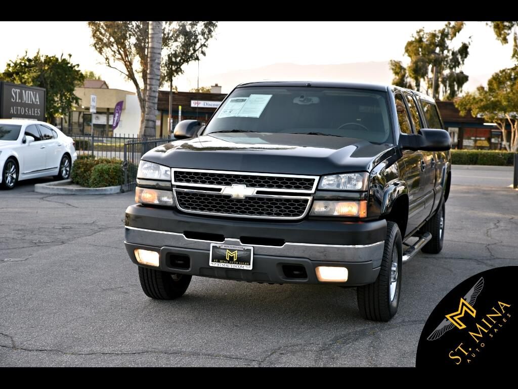 2005 Chevrolet Silverado 2500HD LS Crew Cab Long Bed 2WD