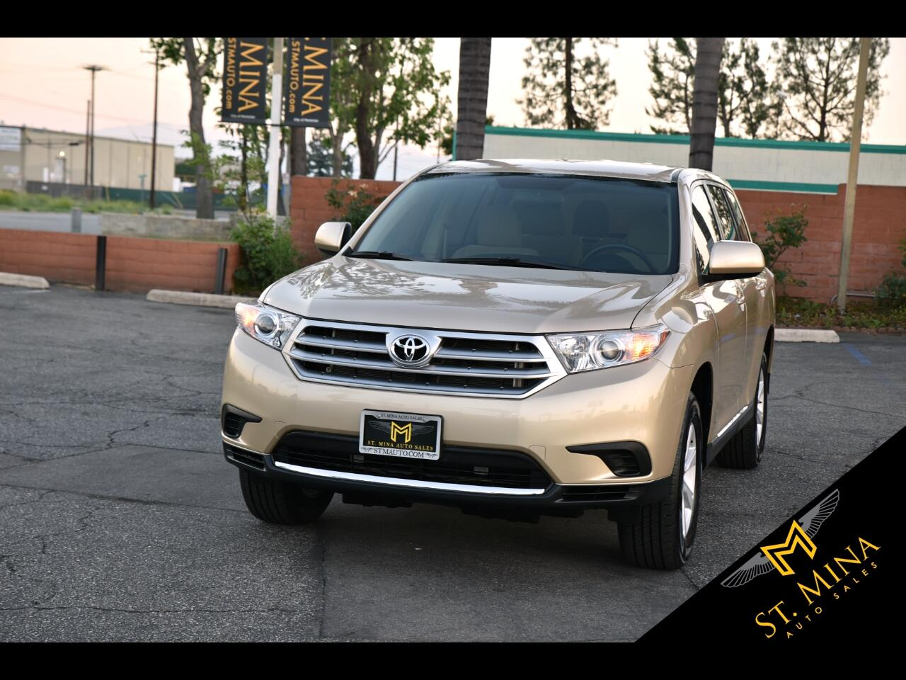 2013 Toyota Highlander Base 2WD I4