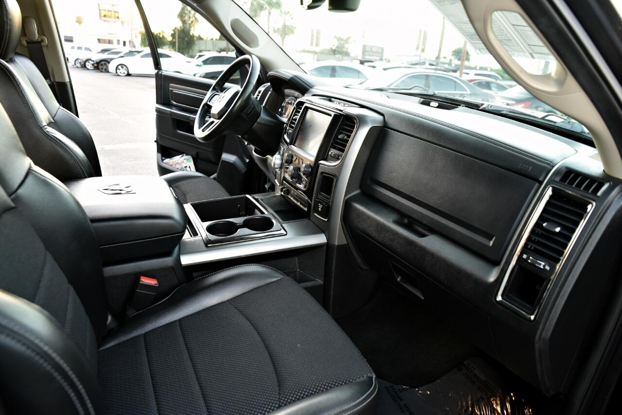 2014 RAM 1500 Sport Crew Cab SWB 2WD