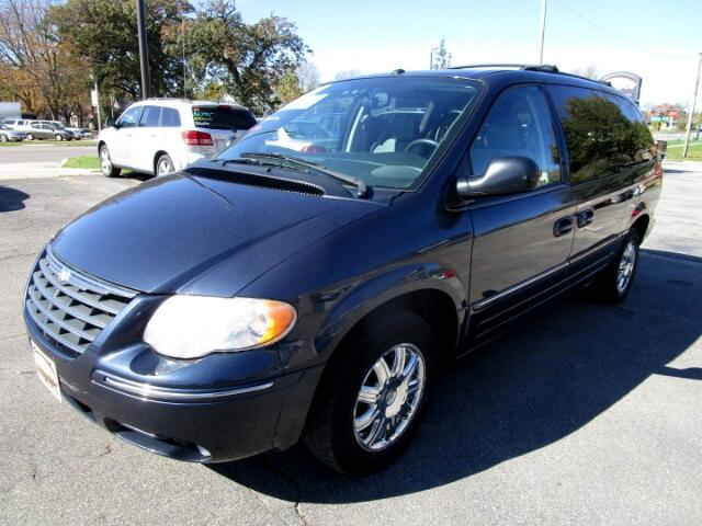 2007 Chrysler Town & Country Limited