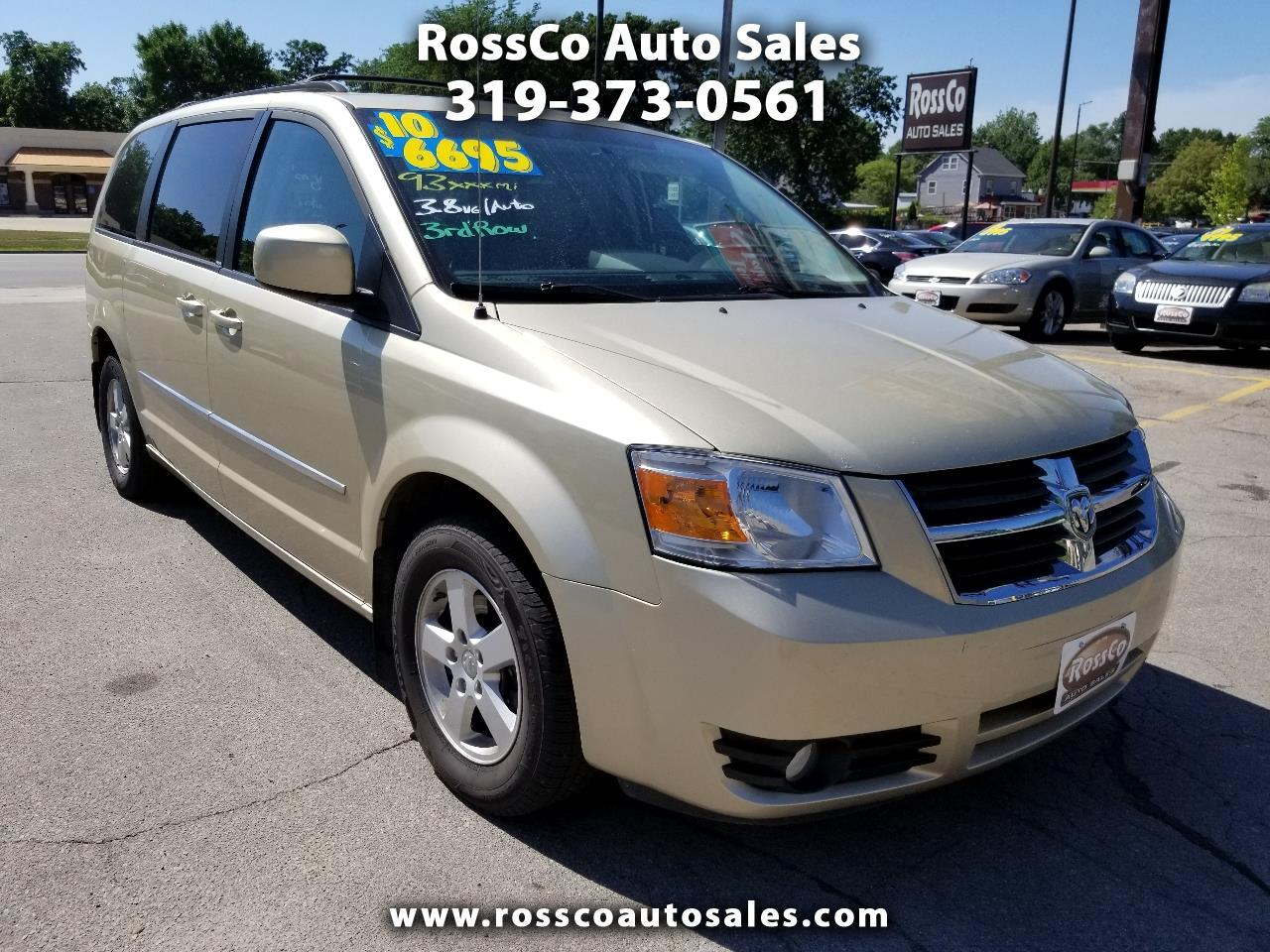 Used 2010 Dodge Grand Caravan for Sale in Cedar Rapids, IA 52402