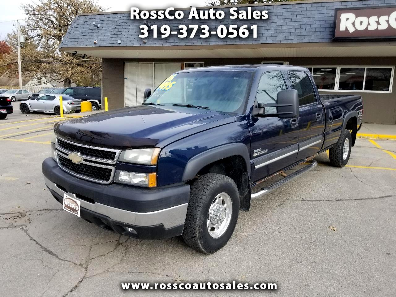 Chevrolet Silverado 2500HD LT Crew Cab Long Bed 4WD 2006
