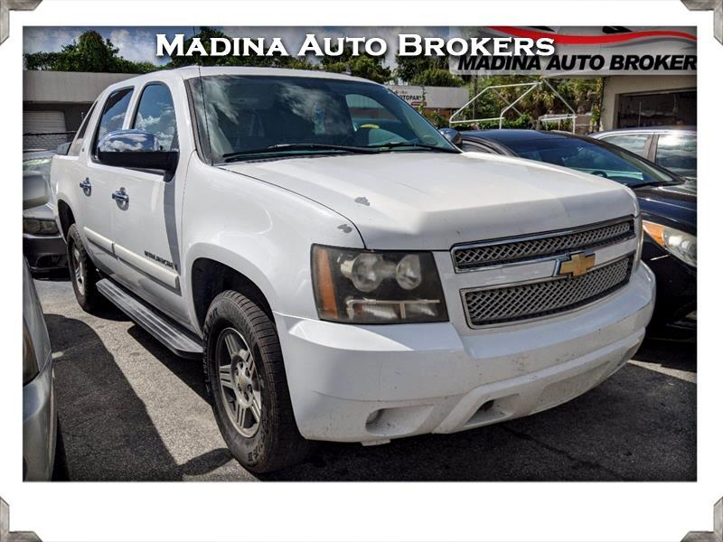 "Chevrolet Avalanche 4WD Crew Cab 130"" LS 2008"