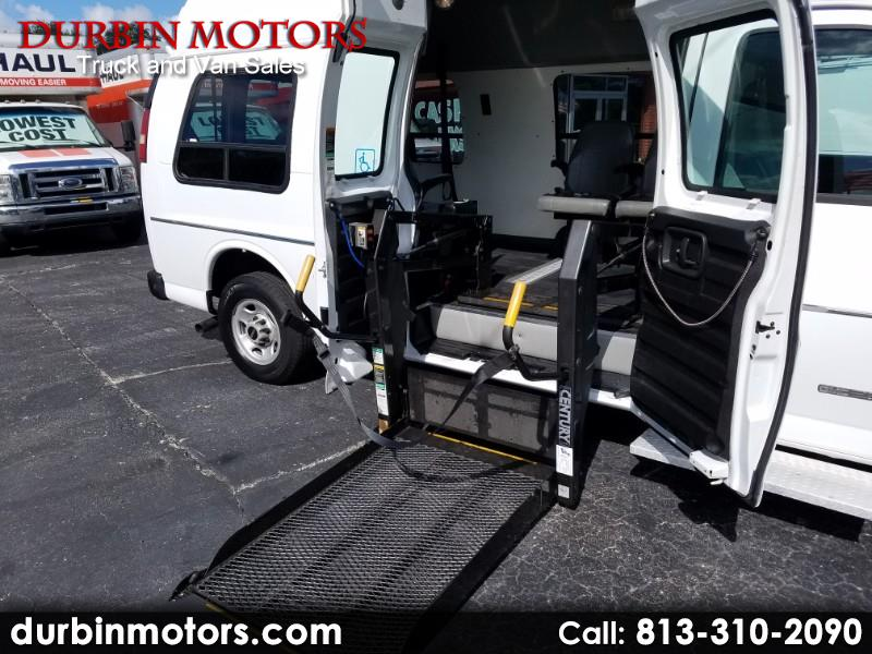 2004 GMC Savana G2500 wheelchair lift handicap van - 91k miles