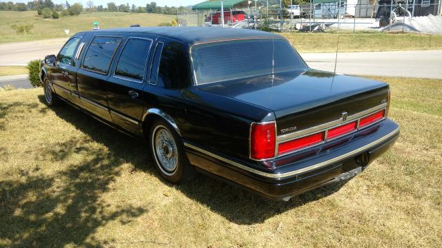 Used 1995 Lincoln Town Car Limousine for Sale in Piney Flats