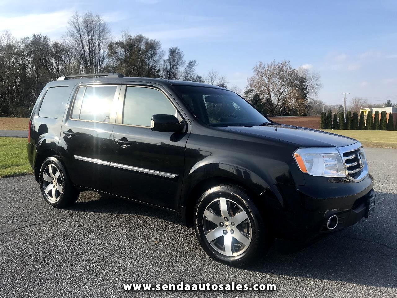 Honda Pilot Touring 4WD 5-Spd AT with DVD 2012