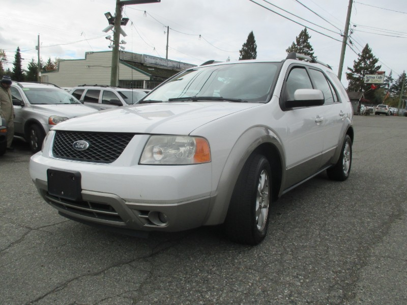 2005 Ford Freestyle SEL  7 Passenger