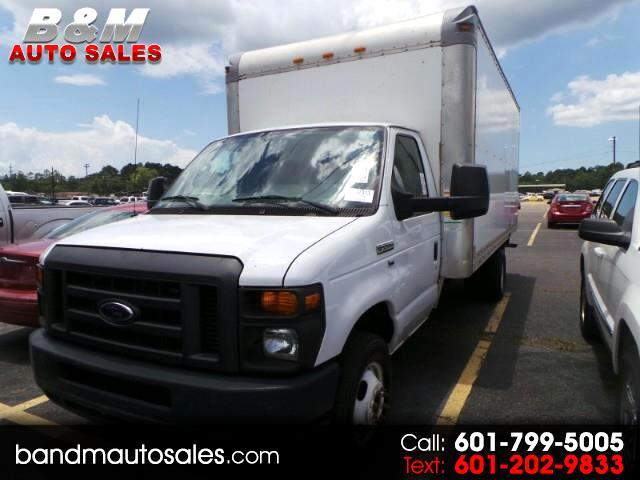 Ford Econoline E-350 Super Duty 2011
