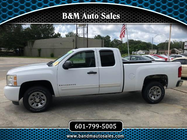 2009 Chevrolet Silverado 1500 Ext. Cab 4-Door Short Bed 2WD
