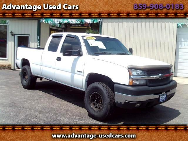 2003 Chevrolet Silverado 2500HD Ext. Cab Short Bed 2WD