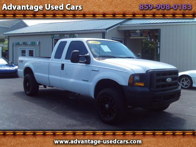2005 Ford F-250 SD XL SuperCab Long Bed 4WD