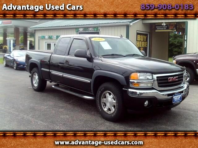 2006 GMC Sierra 1500 SLE2 Ext. Cab Short Bed 4WD