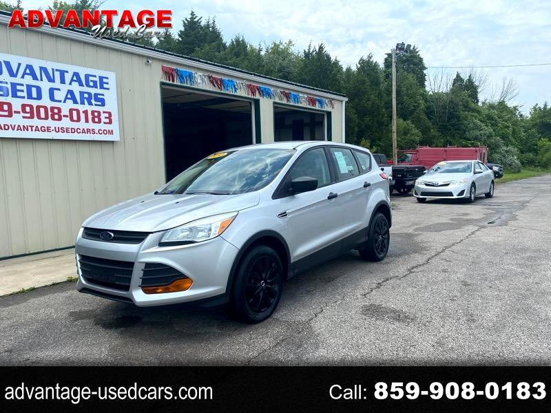 Ford Escape S FWD 2013