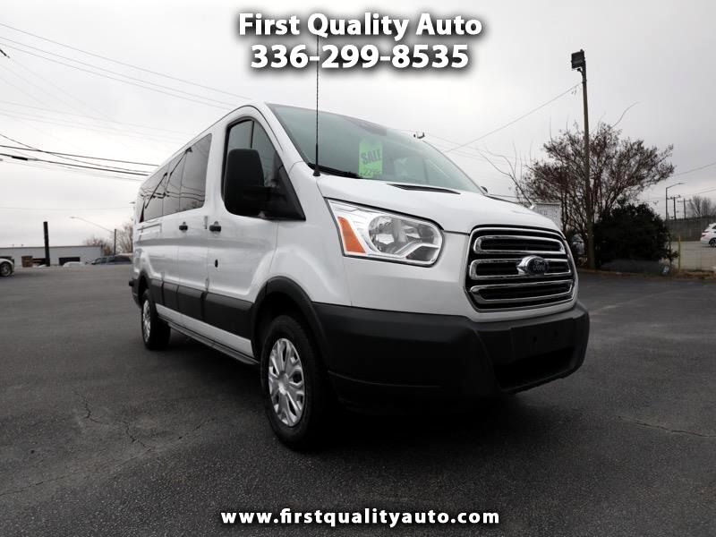2017 Ford Transit 350 Wagon Low Roof XL 60/40 Pass. 148-in. WB
