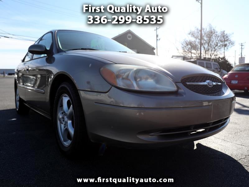 2002 Ford Taurus SE Standard