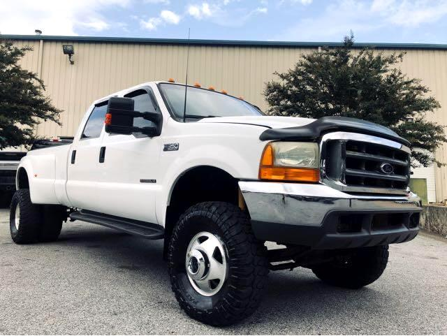 Ford F-350 SD Lariat Crew Cab Short Bed 4WD DRW 2000