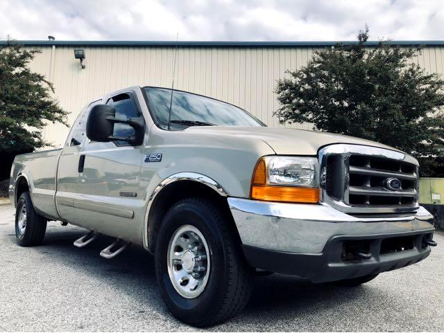 Ford F-250 SD XLT SuperCab Long Bed 2WD 2001
