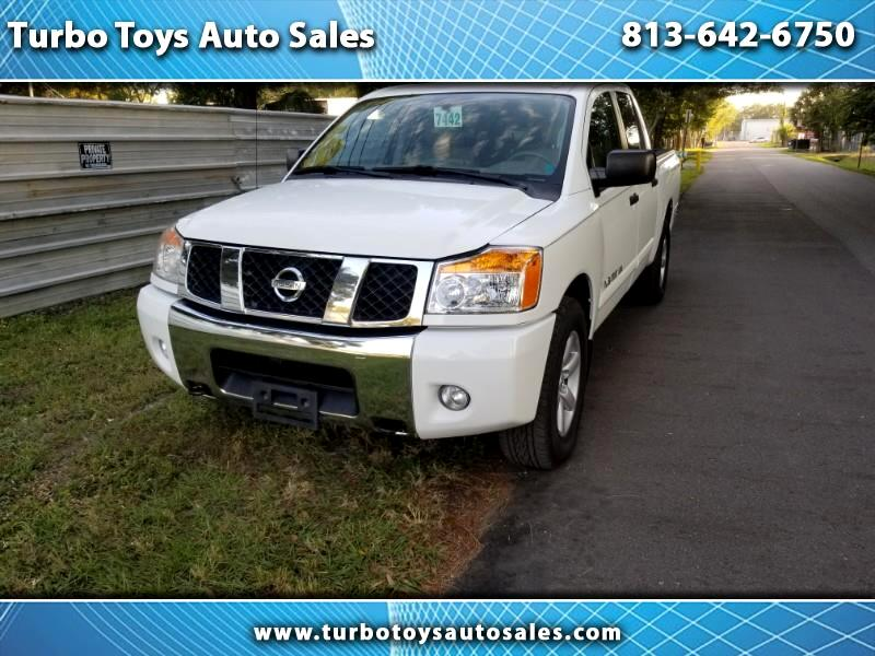 2013 Nissan Titan SV Crew Cab 2WD