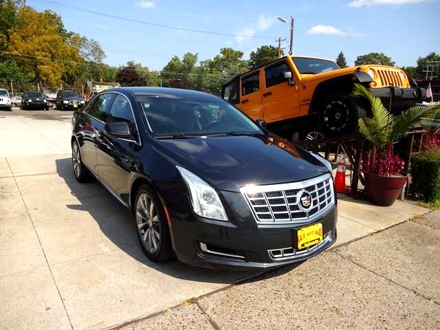 Cadillac XTS 4dr Sdn Luxury Collection FWD 2014