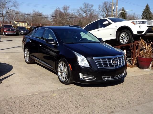 Cadillac XTS Premium 2013
