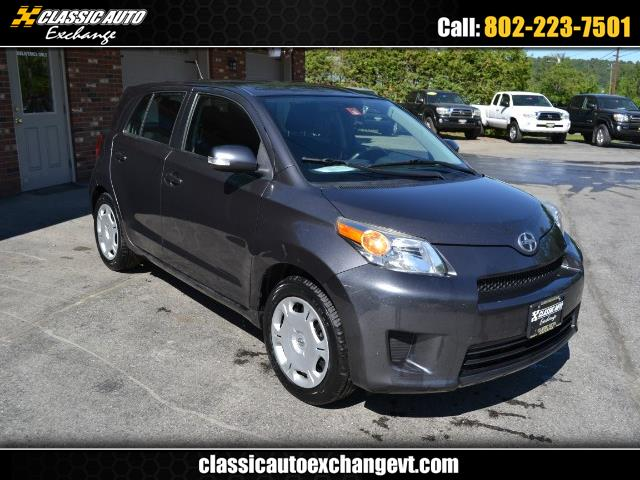 2011 Scion xD 5-Door Hatchback 5-Spd MT