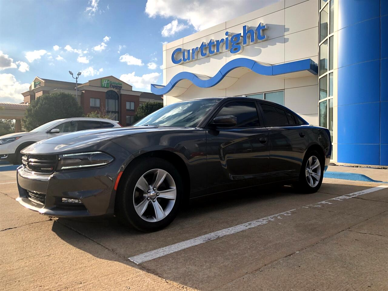 2017 Dodge Charger 4dr Sdn SXT RWD