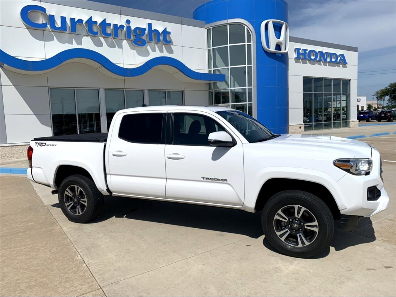 2016 Toyota Tacoma SR5 Double Cab Long Bed V6 6AT 2WD