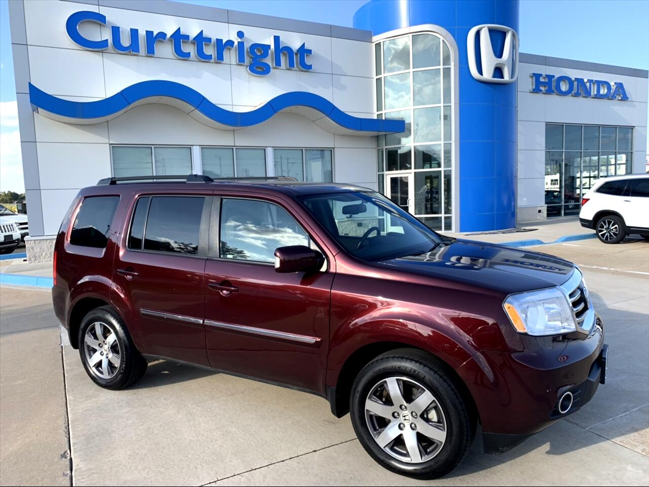 2013 Honda Pilot Touring 2WD 5-Spd AT with DVD