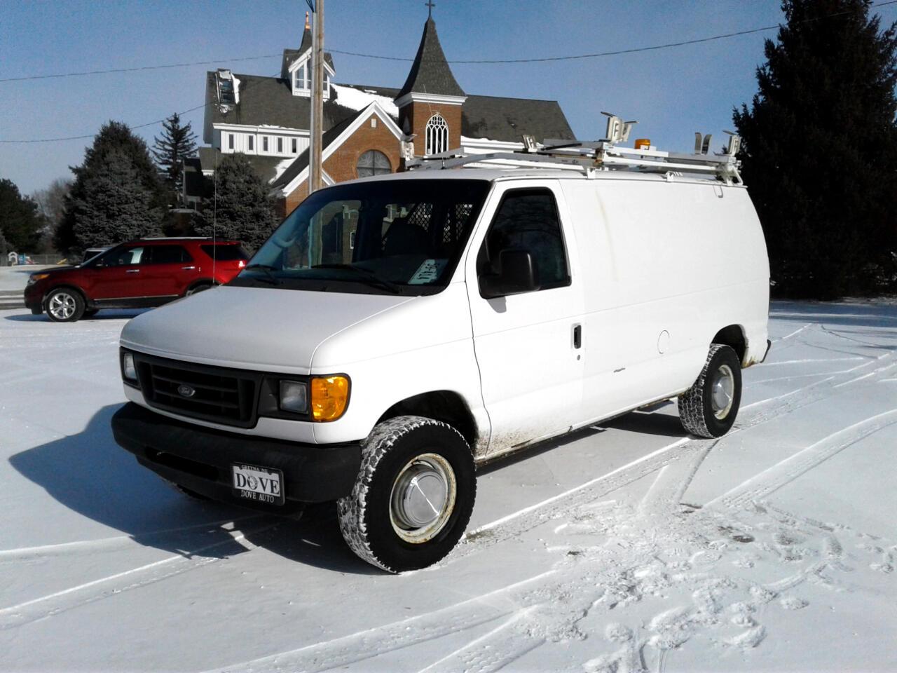 2004 Ford Econoline Cargo Van E-250
