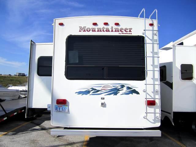 Keystone RV Mountaineer  2005