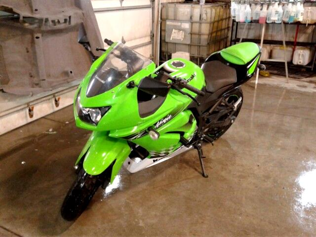 2010 Kawasaki EX250-J Ninja