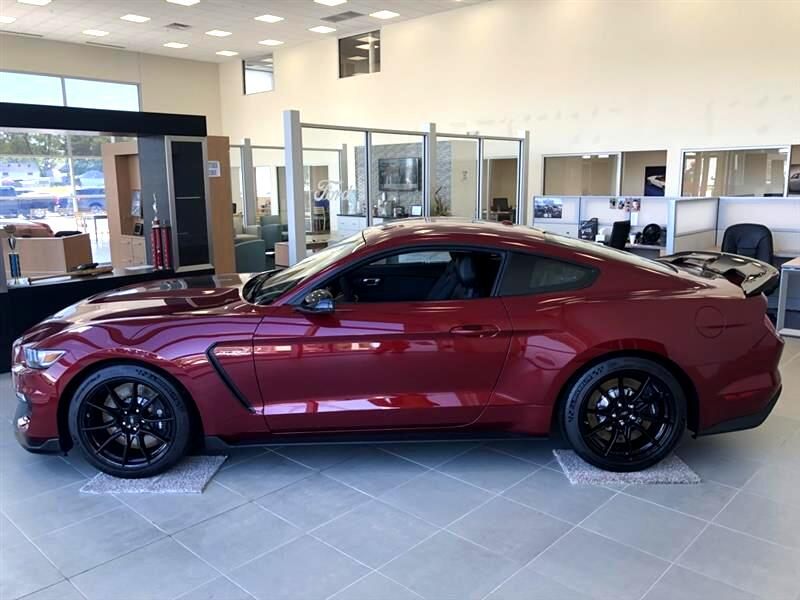 Ford Shelby GT350  2019