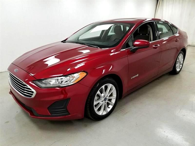 Ford Fusion Hybrid  2019