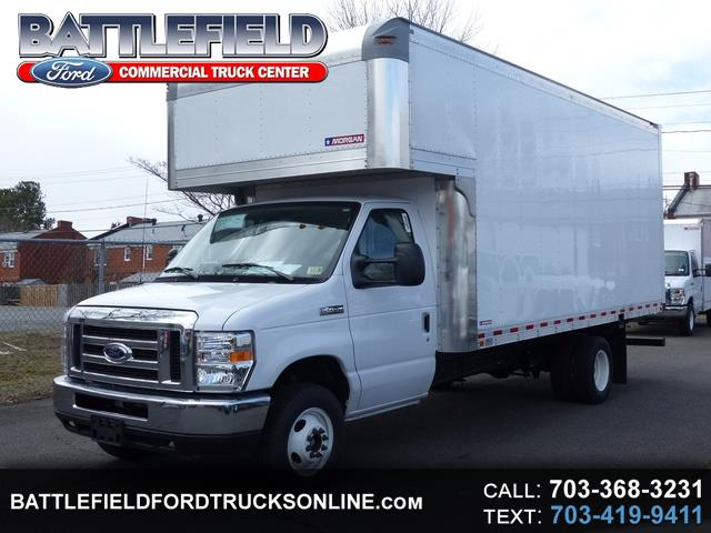 2018 Ford Econoline Commercial Cutaway w/17' Dry Freight Box