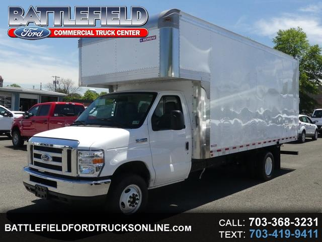 2018 Ford Econoline Commercial Cutaway w/ 17' Dry Freight Box